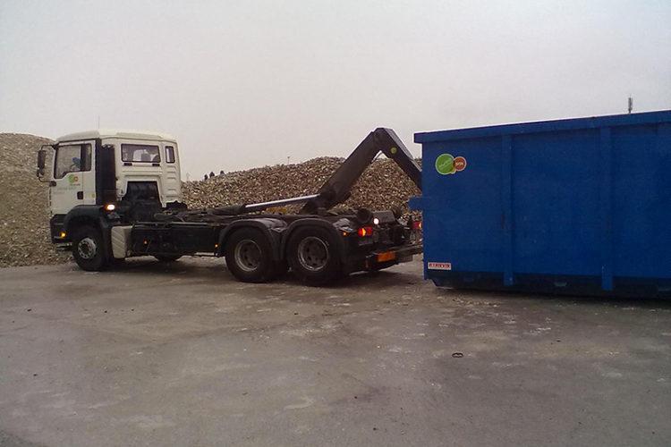 Une benne pour faciliter la collecte des déchets